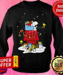 Nice Wisconsin Badgers Santa Snoopy Wish You A Merry Christmas Sweatshirt